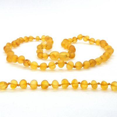 Colar de âmbar criança barroco mel não polido - 38 cm